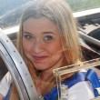 Finalistky Miss Polabí se prolétly letadlem a zkusily si nové šaty