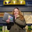 Miss Polabí 2014 vybrala cenu pro letošní vítězku od VF Electric